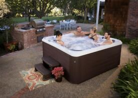 Brand New: Signature SR3 13amp hot tub - Grizzly Bear Hot Tubs