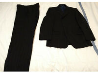Daniel Hechter Suit, Jacket 40in, Trousers 34in Waist 31.5in Leg