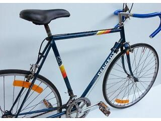 Vintage french Peugeot P10 racing bicycle