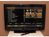 "Very nice HITACHI 42"" LCD FULL HD TV, fully working."