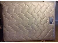 Silent night Miracoil 3 kingsize mattress 5ft