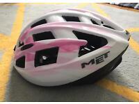 MET bicycle/BMX/Skate helmet adult