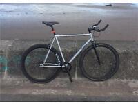 Single speed / fixie road bike