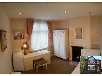 Spacious beautiful Victorian single bedroom for rent. Pokój jedynka do wynajęcia.