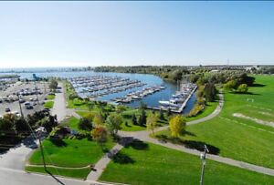 Whitby Condo for Sale $435,000