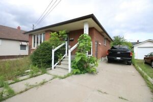 **ALL UTILITIES INCLUDED** 2 Bedroom Main Level Rental!!