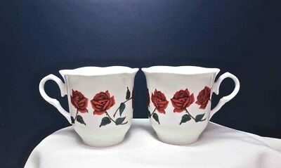 BETTY BOOP Cups Red Roses Set of 2 White King Features 1997