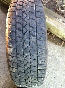 215/65-R16 Arctic Claw M & S Winter tire on rims 250.00 West Island Greater Montréal image 2