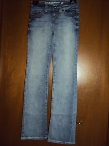 GUESS Daredevil boot cut jeans - NEW - size 24 Kitchener / Waterloo Kitchener Area image 3