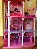 Dollhouse - Barbie Pink 3 Story Townhouse