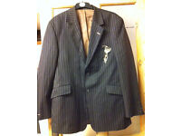 Peter Werth casual pinstripe blazer large size 5 As New!