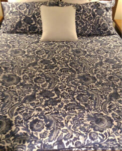 Queen Bed-SEALY Pillowtop Mattress And Base,CAN DELIVER Seaforth Manly Area Preview