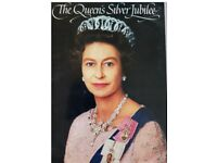 The QUEEN'S SILVER JUBILEE - Souvenir Pictorial Brochure from 1977