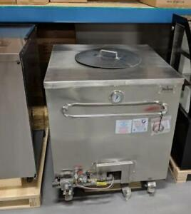 Tandoor Ovens And Convection Ovens--Brand New Display and Warming Equipment