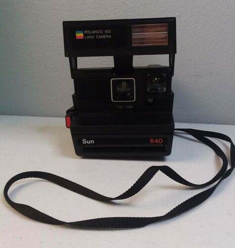 Authentic Polaroid 600 Land Instant Film 640 Sun Flash Black Camera W/ Strap