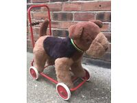 Push along dog with abacas on the rear (1980s)