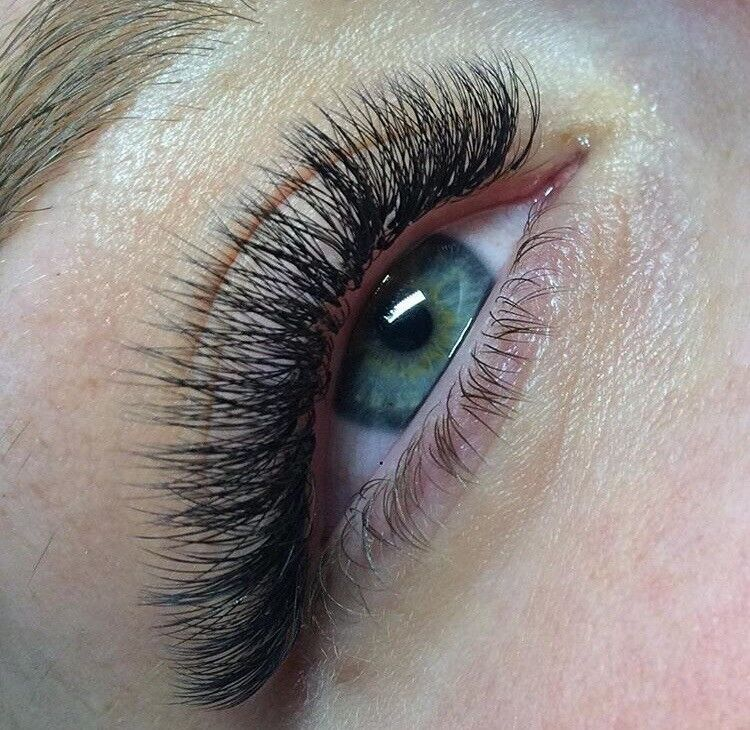 Best Eyelash Extensions In London Russian Volume And Classic In