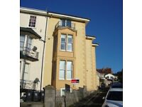 1 Bed Flat to rent - £525pcm Just refurbished, GSH, lounge/kitchen, Sea Views