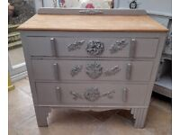 Hand painted, stunning ,vintage oak decorated chest of drawers