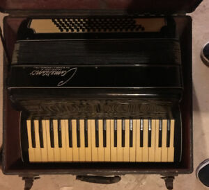 Camerano by Scandalli Italy Vintage Accordian 1930's