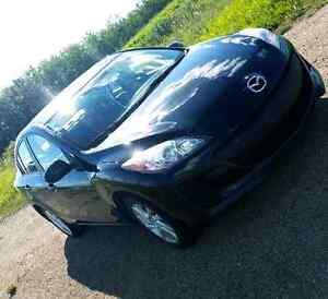 2012 Mazda 3 - Everything you need!