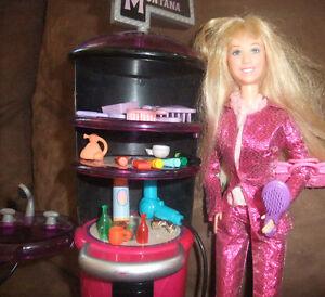 Barbie's hair dressing salon 40 piece playset West Island Greater Montréal image 2