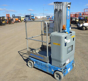 2009 Genie compact lift