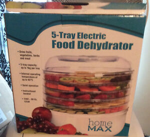 Dehydrator - Brand New 5 Tray Home Max Electric
