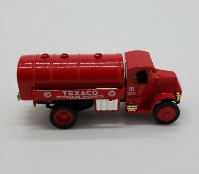 Matchbox 1930 Mack Tanker Texaco Petroleum Products Y-33 Models Of Yesteryear