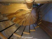 Spacesaver modular spiral staircase