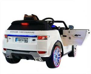 White and Red Range Rover Ride on Car Toy Maidstone Maribyrnong Area Preview