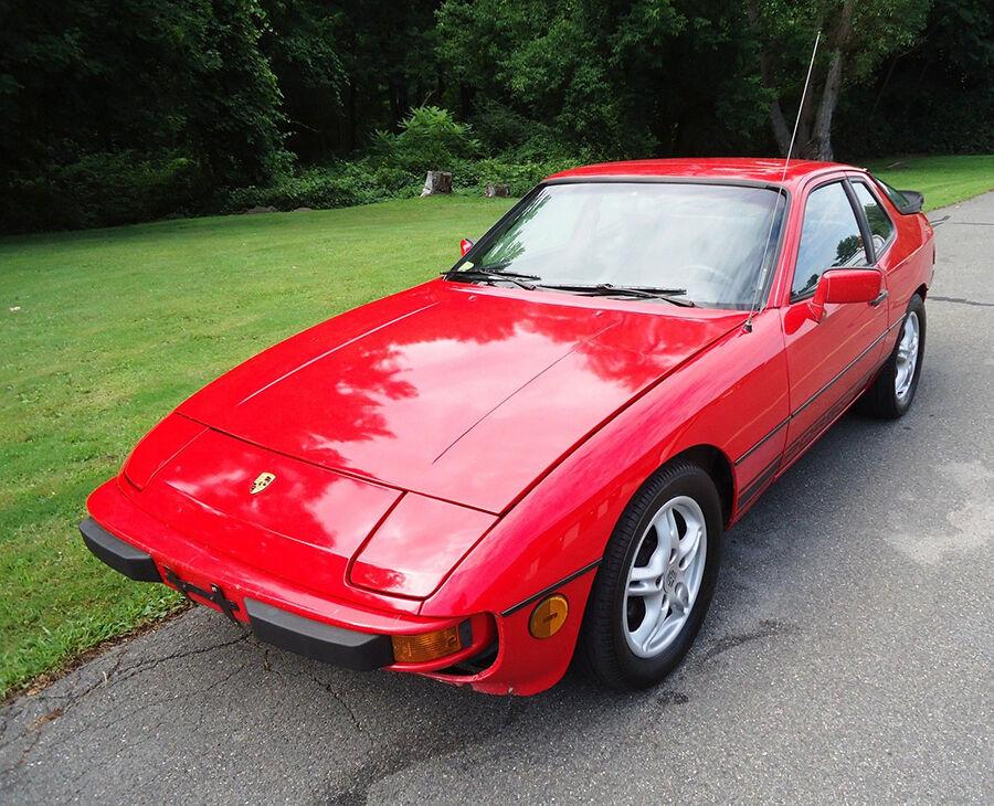 Top 3 Reasons to Purchase a Porsche 924