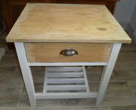 Side Table Lamp/bedside: Small Table