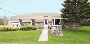 Newly Renovated Bungalow - Seconds to Water - Lefroy/Innisfil