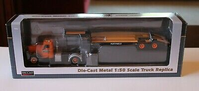 SPECCAST Die-Cast Northwest Truck w/ Flatbed Trailer - Model # 39502 1:50 Scale