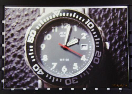 adec herren armbanduhr mit kompass und lederarmband in. Black Bedroom Furniture Sets. Home Design Ideas