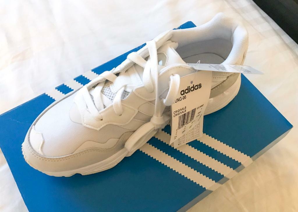 732c596bc7e4c Authentic Brand New Adidas Originals Yung 96 Trainers (Mens Size 7 UK) Full  White