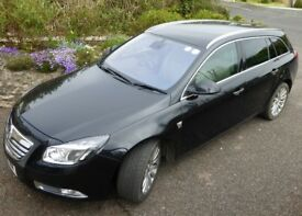 Vauxhall Insignia Elite Estate Nav 2.0 diesel manual 2011 73000 miles Carbon black & cream leather