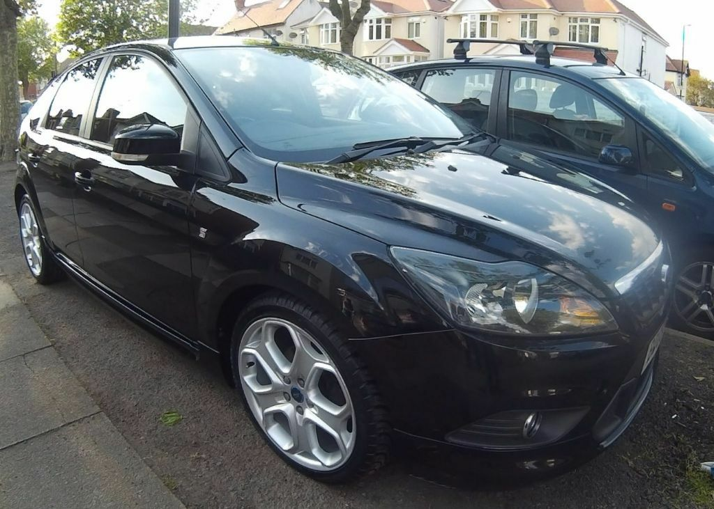 2009 ford focus zetec s 18 black 2 onwers from new 2 keys service - Ford Focus 2009 Black