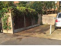 Parking space 4 mins walk Leytonstone tube