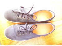 NEW. NAVY NUBUCK SHOES BY HOTTER. SIZE 5.