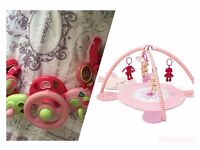 pushchair bar toy with playmat