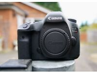 Canon 5DSR camera body boxed