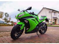 Kawasaki Ninja EX 300 - Low Millage