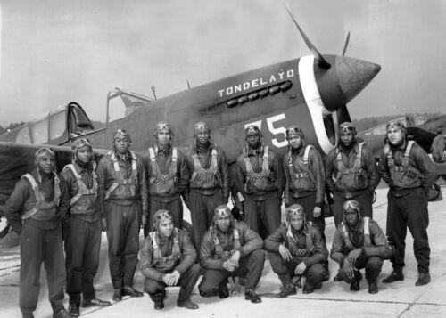 Tuskegee Airmen-13 Members Class 43C-Pose in Front Airplane TONDELAYO-5x7 PHOTO