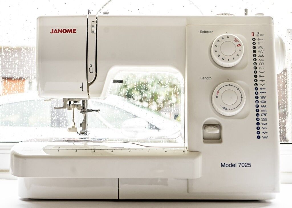 JANOME 40 Sewing Machine Excellent Condition In Wigston Interesting Janome 7025 Sewing Machine Manual