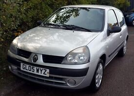 Cheap Renault Clio 1.2 Rush, Silver, Full Years MOT, Excellent Condition, Just Serviced.