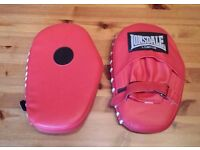 Lonsdale Focus Mitts