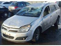 Vauxhall Astra H Estate Z157 Z13DTJ breaking for spares.