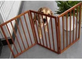 Folding pet gate